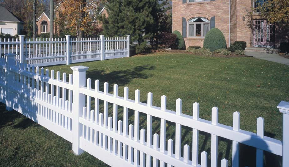 fence contractor milwaukee, milwaukee fence companies, pvc vinyl fences, pvc railings, pvc deck installation, pvc vinyl fences, pvc railings, pvc deck installation, about metropolitan fence, waukesha fence contractor, metropolitan fence