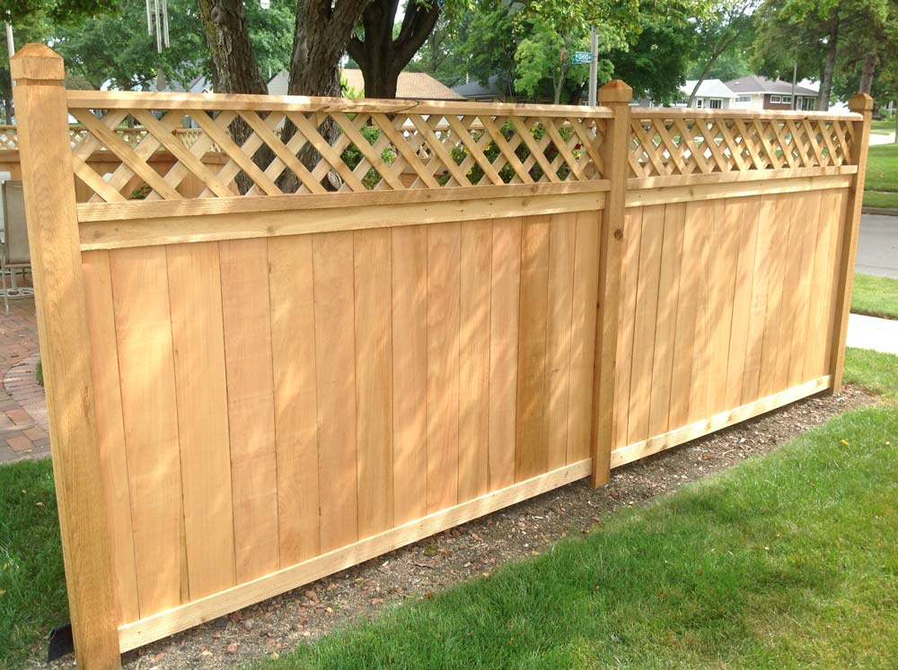 metal ornamental fencing, privacy fences, wood picket fences, picket fence installation, picket fences milwaukee