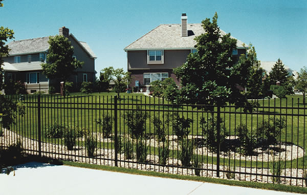 ornamental iron fence, ornamental aluminum fence