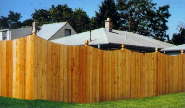Metropolitan Fence Custom Installs Board on Board Wood Scalloped Concave Privacy Fences in Milwaukee and Waukesha Wisconsin